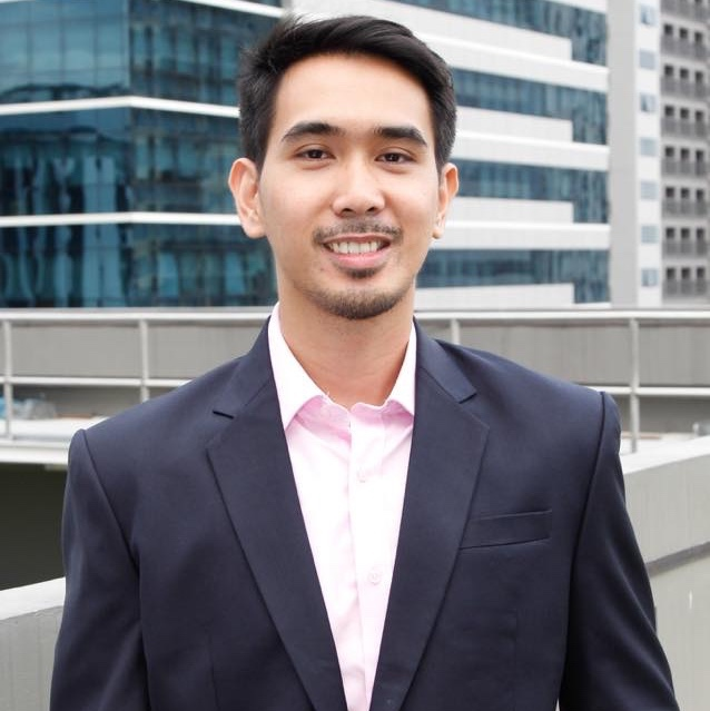 Jerome Torres, young achiever and founder of The Smart Peso